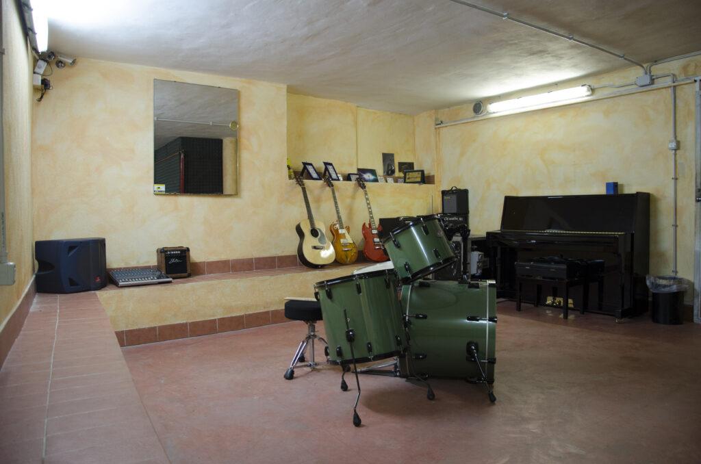 Bracelli club roma nord palestra corso di musica